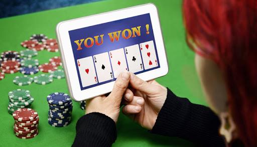 मुफ्त में ऑनलाइन पोकर खेल
